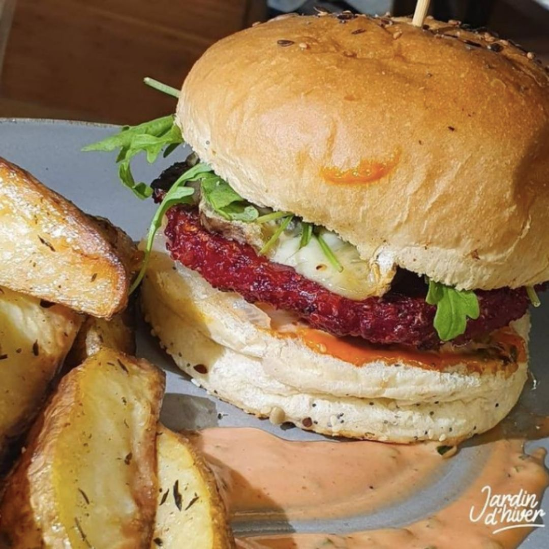 hamburger vegetal par le jardin d'hiver restaurant bio brest
